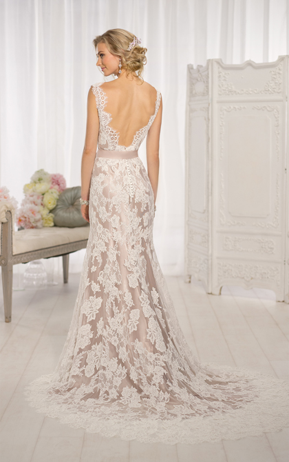 Essense of Australia D1639 designer wedding dress