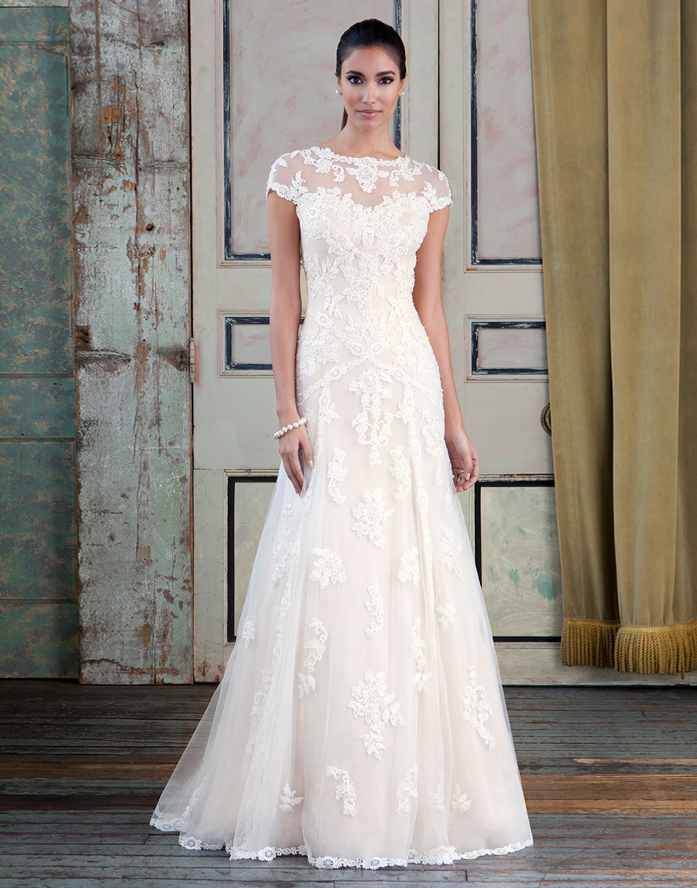 Wedding dresses bridal shop manchester fairytale brides for Wedding dress pick up style