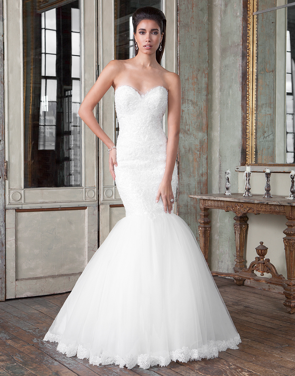 shop best sellers huge discount clearance prices Tips for Choosing a Wedding Dress for Your Body Shape -