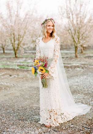 http://www.fabmood.com/beautiful-bohemian-wedding-dresses/