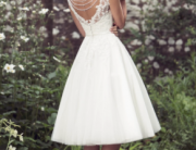 http://www.inspiredbythis.com/wed/7-alternative-wedding-dress-colors/